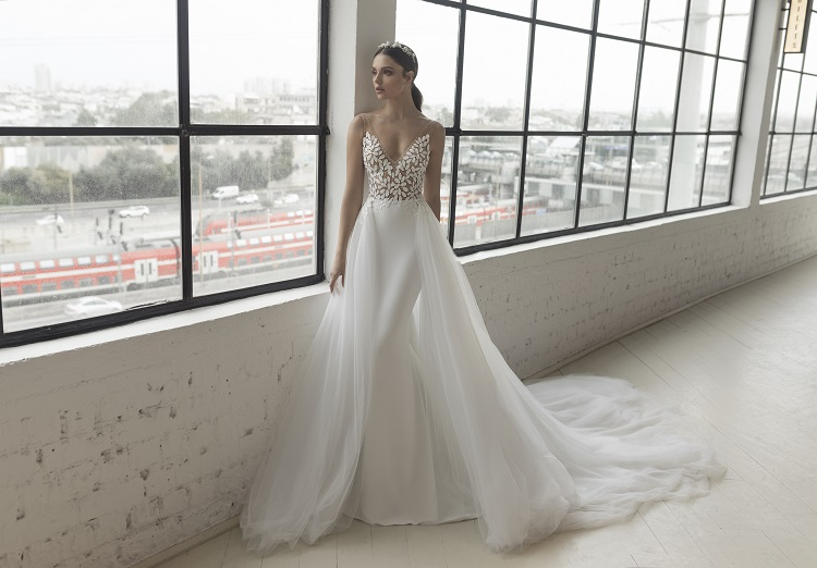 ae6386dfe7 The Love Story Collection 2019